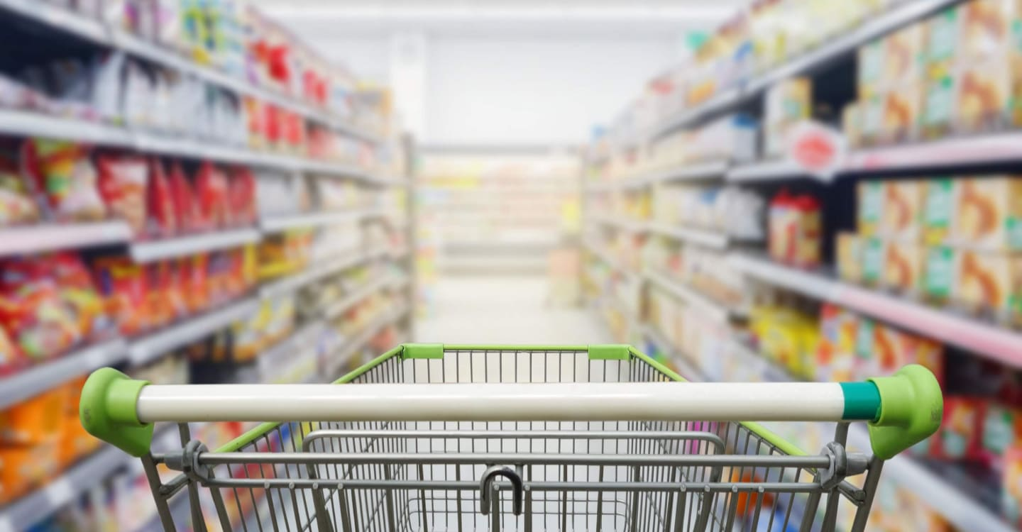 Comparative load testing of a DBMS for SAP BW in retail